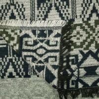 Photo de notre Poncho en laine ELIOT par Monsieur Charli